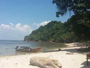 Beach on Koh Bulon Le